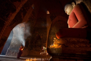 Bagan temple little monk, Feng Dawei_6